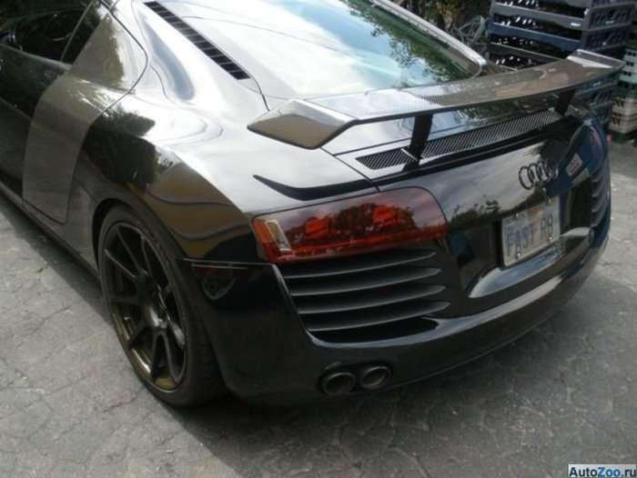 Дівчина хотіла продати Audi R8 скоріше (8 фото)