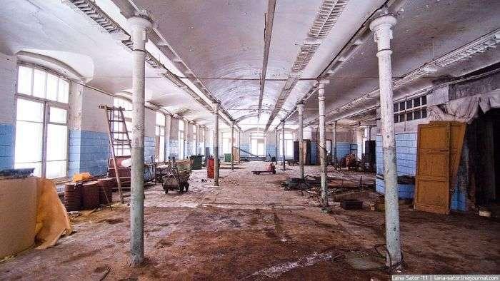 Покинута фабрика, побудована до революції (66 фото)