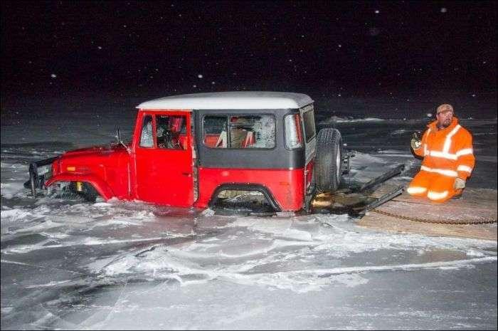 Невдале відкриття сезону зимової риболовлі (9 фото)