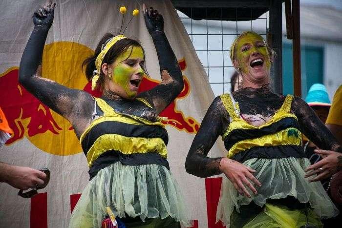 Відвертий карнавал в Новій Зеландії (23 фото)