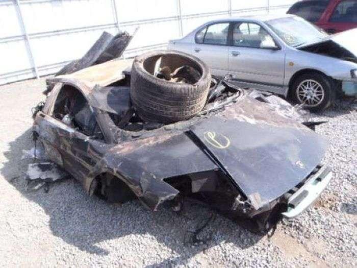 Суперкар Lamborghini продається практично за безцінь (9 фото)