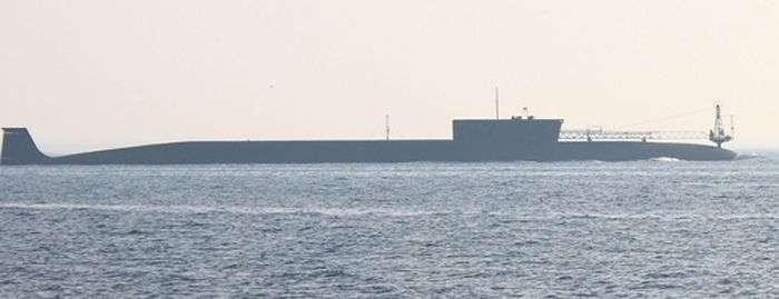 Унікальний російський підводний крейсер К-535 Юрій Долгорукий (7 фото)