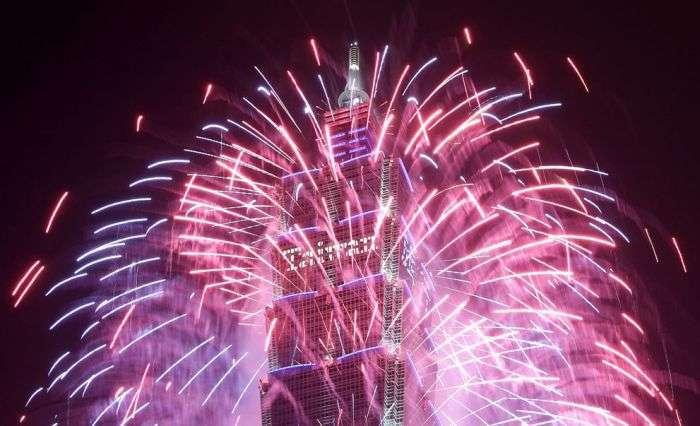 Як зустріли 2013 рік в різних країнах світу (71 фото)