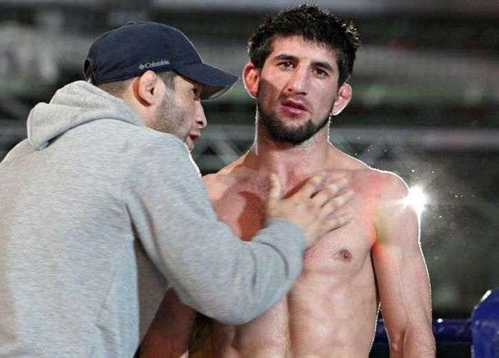 Спортсмен Расул Мірзаєв не зявився в суд і поїхав в Дагестан (5 фото)