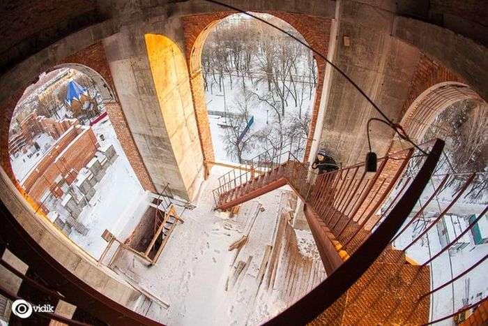 Недобудована церква і челябінські хлопці (11 фото)