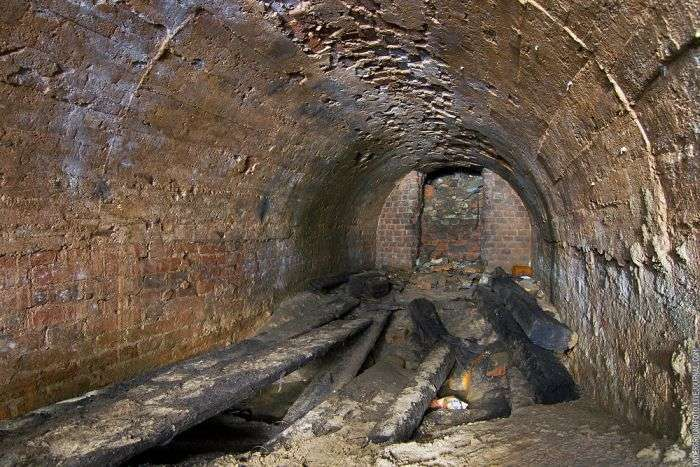 Затоплені підземелля Москви (51 фото)
