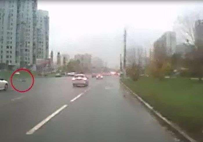 Прокурор продав машину за 5 хвилин до аварії (5 фото + відео)