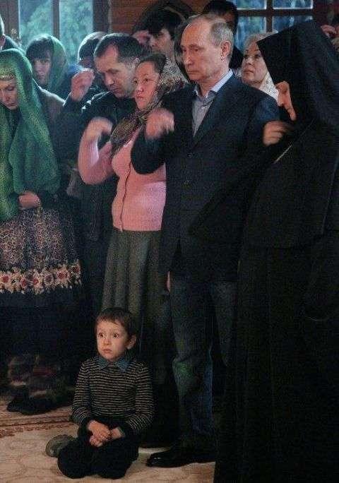 Як Володимир Путін вгамував непосидючого хлопчика (2 фото)