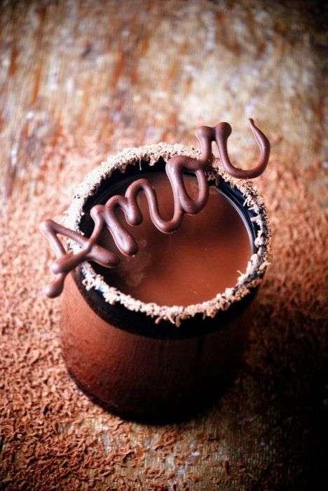 Торти, тістечка та інші солодощі (71 фото)