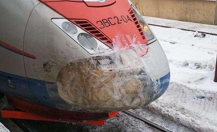 Як РЖД рихтует поїзда (2 фото)