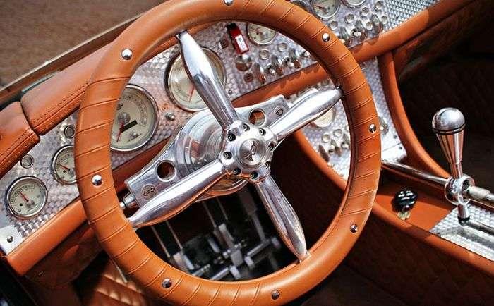 Самі незвичайні дизайни автомобільних рулів (39 фото)