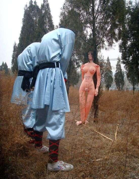 Покарання учнів Шаолінь за нечувану нахабність (4 фото)