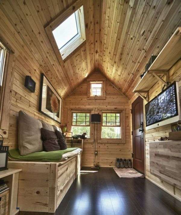 Крихітний будинок, в якому є все необхідне (12 фото)