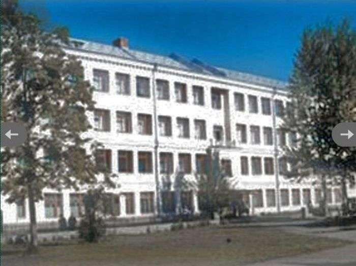 Вчителька врятувала 44 учня в Челябінську (4 фото)