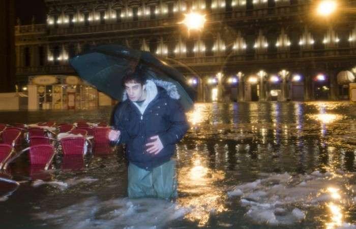 Венеція плаває у глибах льоду (8 фото)