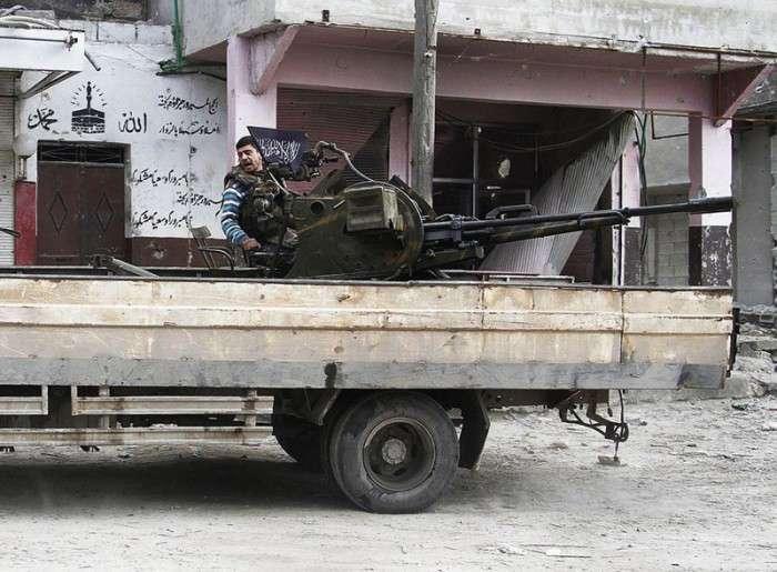 Саморобна зброя повстанців (14 фото)