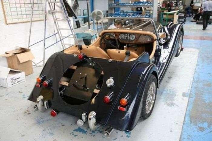 Ексклюзивні автомобілі, які збираються вручну (23 фото)