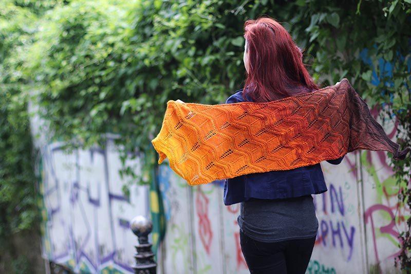 Градиентное вязание с переходом цветов — яркие идеи и мастер-классы Градиентное вязание,мастерство,рукоделие,своими руками,умелые руки