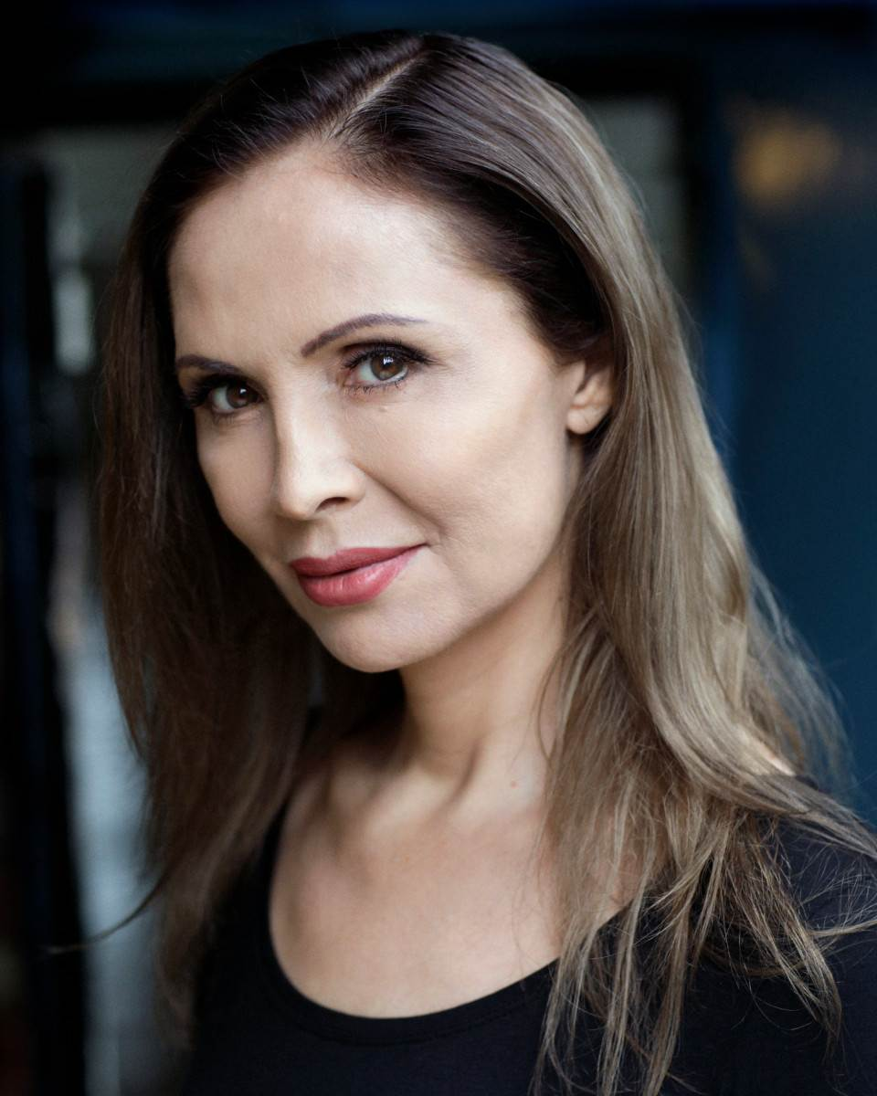 Зрители сериала «Баптист» оказались ошеломлены, узнав, что одна из актрис является трансгендером Новости в фотографиях