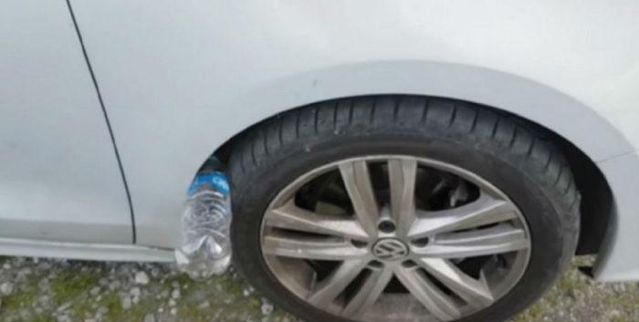 «Развод» из 90-х: почему надо насторожиться водителям, которые увидели пластиковую бутылку возле колеса