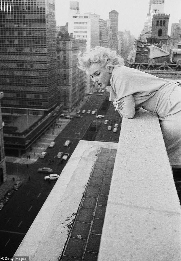 9 редких домашних фото Мэрилин Монро, которые годами хранил один фотограф ретро