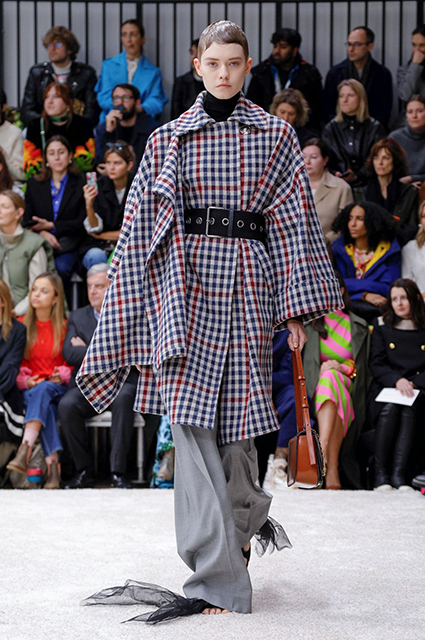 Неделя моды в Лондоне: Джоан Коллинз, Мишель Докери и другие на показах Erdem и J.W.Anderson осень-зима 2019/2020 новости моды