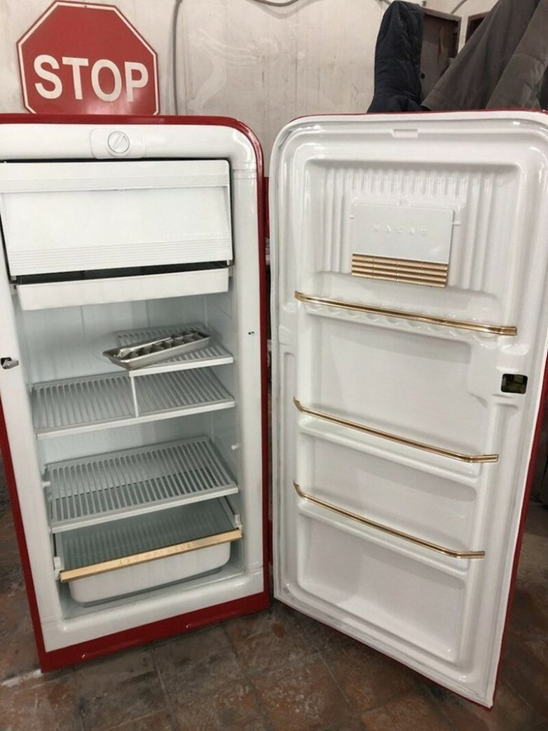 Вторая жизнь для советского холодильника «ЗИЛ» вторая жизнь старых вещей