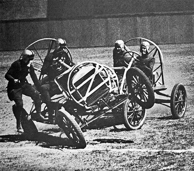 Автомобили вместо лошадей - Авто Поло начала 1900-х годов