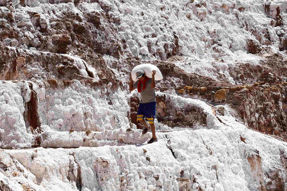 В 100 странах мира добывают соль и сахар. И везде по разному... дальние дали