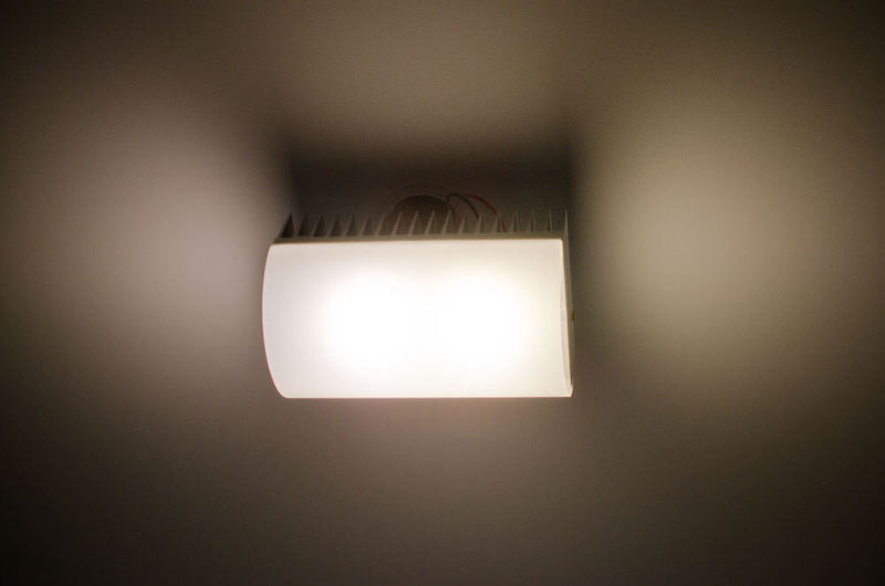 Хотите вечных светодиодов? Расчехляйте паяльники и напильники гаджеты