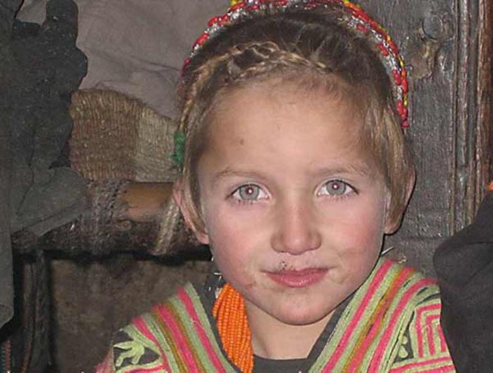 Этническая загадка калашей. Откуда в горах Пакистана народ со славянской внешностью?